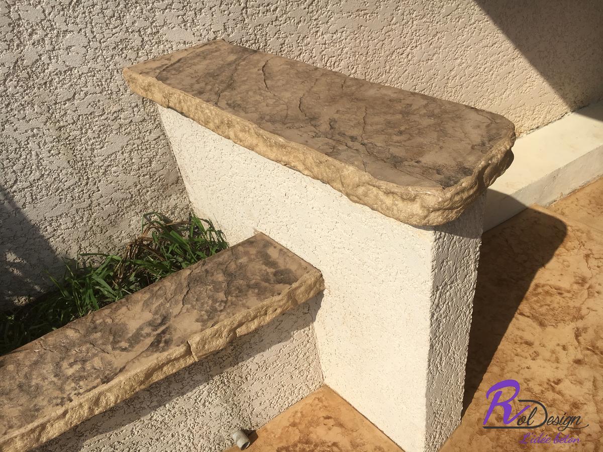 69210 bar design extérieur béton empreinte à Lentilly imitation pierre