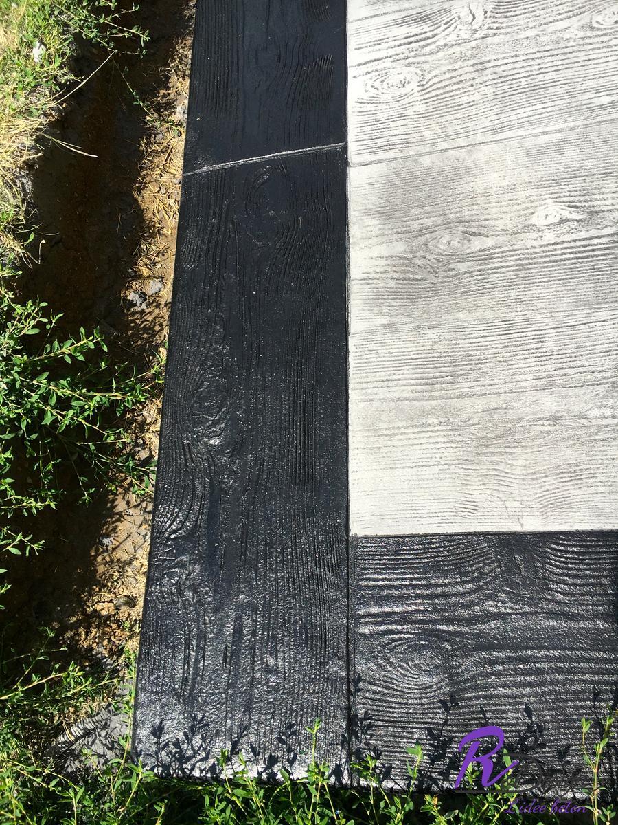détail de béton décoratif bois terrasse à Les Chères 69380 ROL design