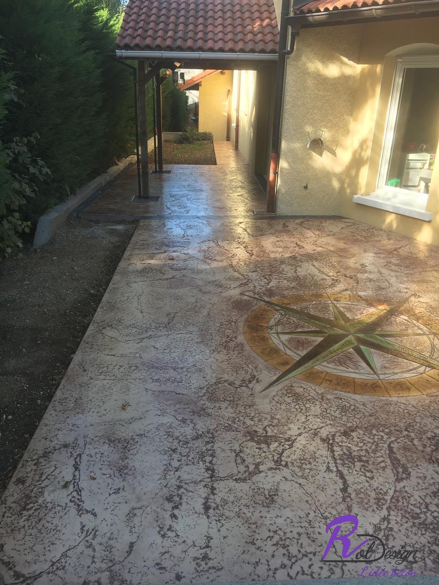empreinte imprimé en béton design terrasse moderne naturelle rosace 74520
