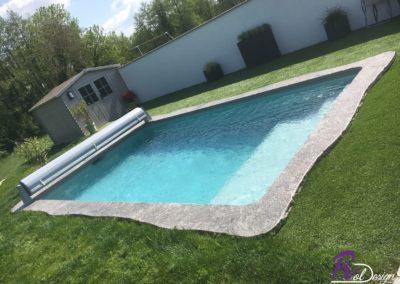 01600 Sainte Euphemie piscine maçonnée avec margelles design IMG_4763